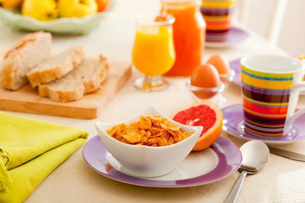 healthy-breakfast-spread
